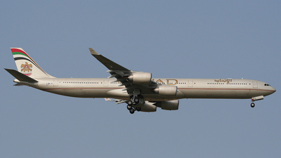 F-WWCB - Airbus A340-642 - Etihad Airways