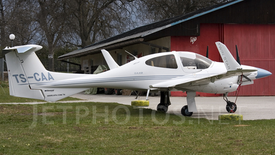 TS-CAA - Diamond DA-42 Twin Star - Private