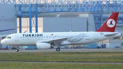 F-WWBU - Airbus A320-232 - Turkish Airlines