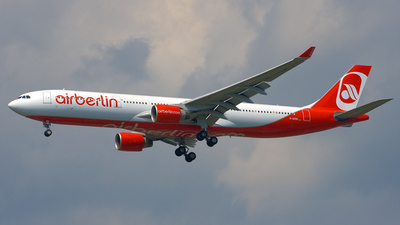 D-AERS - Airbus A330-322 - Air Berlin (LTU)