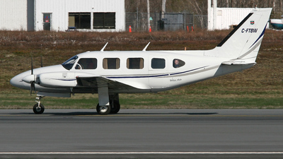 A picture of CFTBW - Piper PA31 - [31433] - © Barry Shipley
