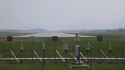 LOWK - Airport - Runway