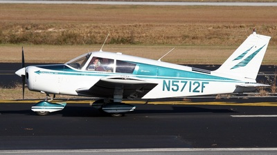 A picture of N5712F - Piper PA28140 - [2824925] - © PeachAir