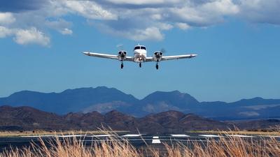 ZS-MDL - Piper PA-23-150 Apache B - Private
