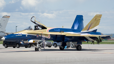 188719 - McDonnell Douglas CF-188 Hornet - Canada - Royal Canadian Air Force (RCAF)