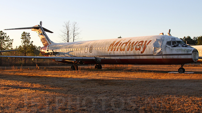 A picture of N964ML -  - [] - © Bill Striffler