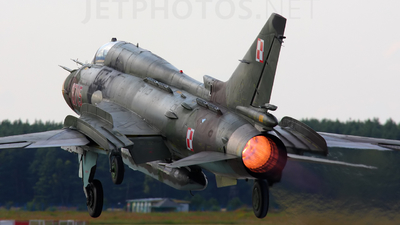 8715 - Sukhoi Su-22M4 Fitter K - Poland - Air Force