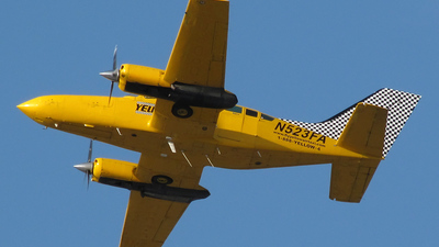 N523FA - Cessna 402C - Yellow Air Taxi