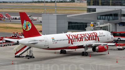 VT-KFM - Airbus A320-232 - Kingfisher Airlines