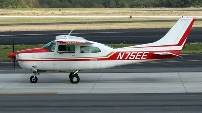 A picture of N75EE - Cessna 210L Centurion - [21060837] - © PeachAir