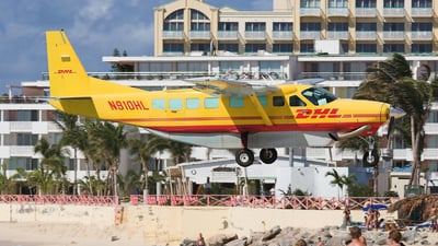 N910HL - Cessna 208B Grand Caravan - DHL (Air St. Kitts & Nevis)