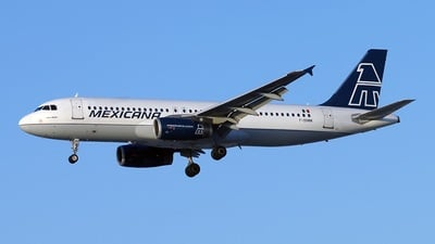 F-OHMM - Airbus A320-231 - Mexicana