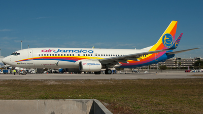 9Y-JMA - Boeing 737-8Q8 - Air Jamaica