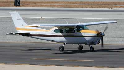 A picture of N5428Y - Cessna T210N Turbo Centurion - [21064204] - © John M.