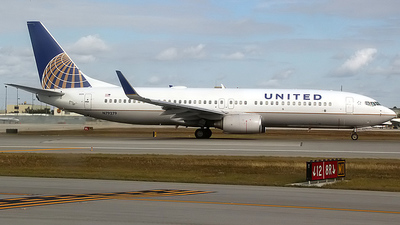 N79279 - Boeing 737-824 - United Airlines (Continental Airlines)