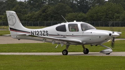 N123ZS - Cirrus SR22T - Private