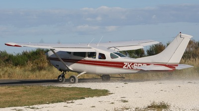 ZK-SDG - Cessna U206F Stationair 6 - New Zealand Skydiving School