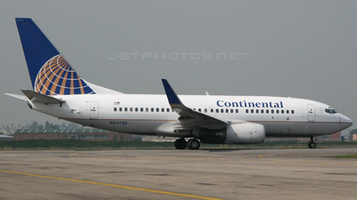 N24736 - Boeing 737-724 - Continental Airlines