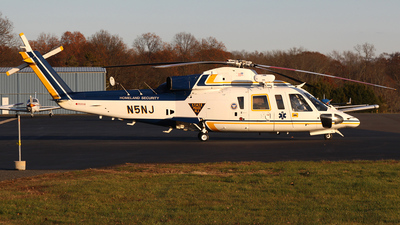 N5NJ - Sikorsky S-76B - United States - New Jersey State Police
