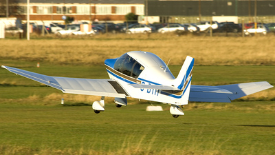 G-BYIT - Robin DR400/500 - Private