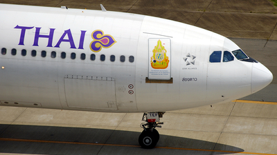 HS-TEF - Airbus A330-321 - Thai Airways International