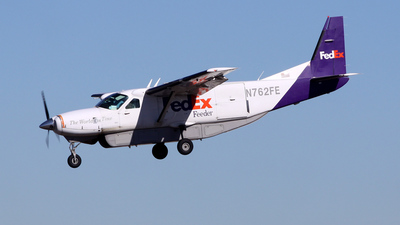 N762FE - Cessna 208B Super Cargomaster - FedEx Feeder (West Air)