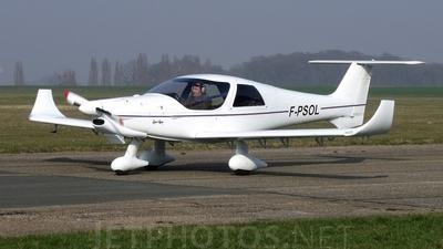 A picture of FPSOL - Dyn'Aéro MCR4S - [114] - © Eric Favereau