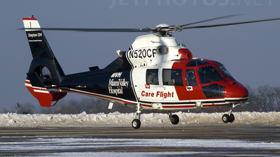 A picture of N520CF - Airbus Helicopters AS365 - [6537] - © TarmacPhotos.com