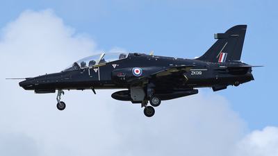 ZK019 - British Aerospace Hawk T.2 - United Kingdom - Royal Air Force (RAF)