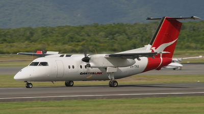VH-TNX - Bombardier Dash 8-102 - QantasLink (Sunstate Airlines)
