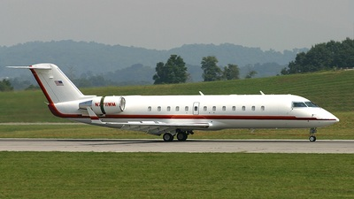 N711WM - Bombardier CRJ-200ER - Private