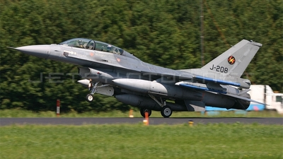J-208 - General Dynamics F-16BM Fighting Falcon - Netherlands - Royal Air Force