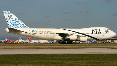 AP-BAK - Boeing 747-240B(M) - Pakistan International Airlines (PIA)