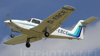 A picture of DEBCE - Piper PA28RT201T Turbo Arrow IV - [28R8031093] - © Oliver Holmes