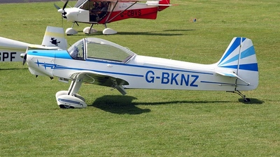 G-BKNZ - Piel CP301A Emeraude - Private