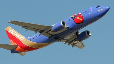 N647SW - Boeing 737-3H4 - Southwest Airlines