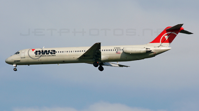N780NC - McDonnell Douglas DC-9-51 - Northwest Airlines