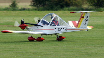 D-GGDH - Colomban MCR-15 Cri Cri - Private
