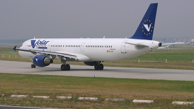 EC-IXY - Airbus A321-211 - Volare Airlines