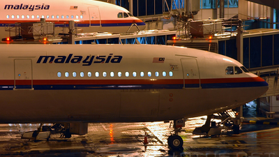 9M-MKG - Airbus A330-322 - Malaysia Airlines