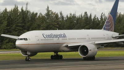 N74007 - Boeing 777-224(ER) - Continental Airlines