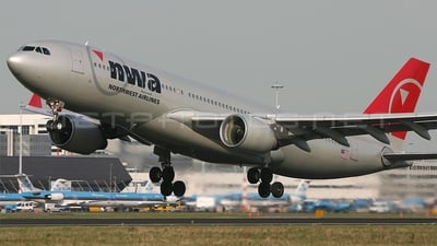 N861NW - Airbus A330-223 - Northwest Airlines