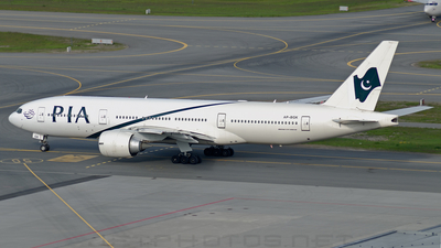 AP-BGK - Boeing 777-240(ER) - Pakistan International Airlines (PIA)