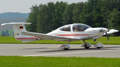 D-EVKV - Diamond DA-40 Diamond Star - Private