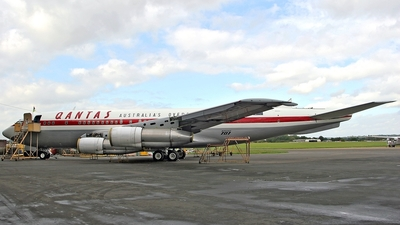 VH-XBA - Boeing 707-138B - Private