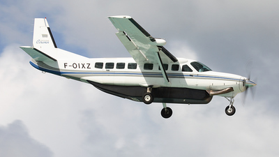 F-OIXZ - Cessna 208B Grand Caravan - Private