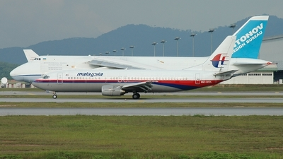 9M-MQL - Boeing 737-4H6 - Malaysia Airlines