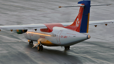OY-JRY - ATR 42-320 - Danish Air Transport (DAT)