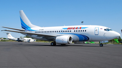VP-BRS - Boeing 737-528 - Yamal Airlines