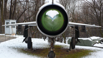 0615 - Mikoyan-Gurevich Mig-21PF Fishbed - Poland - Air Force